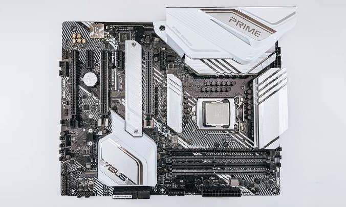 what is a motherboard complete guide